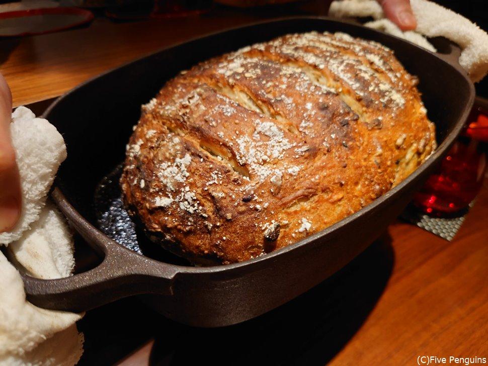 自家製酵母の薪焼きパン