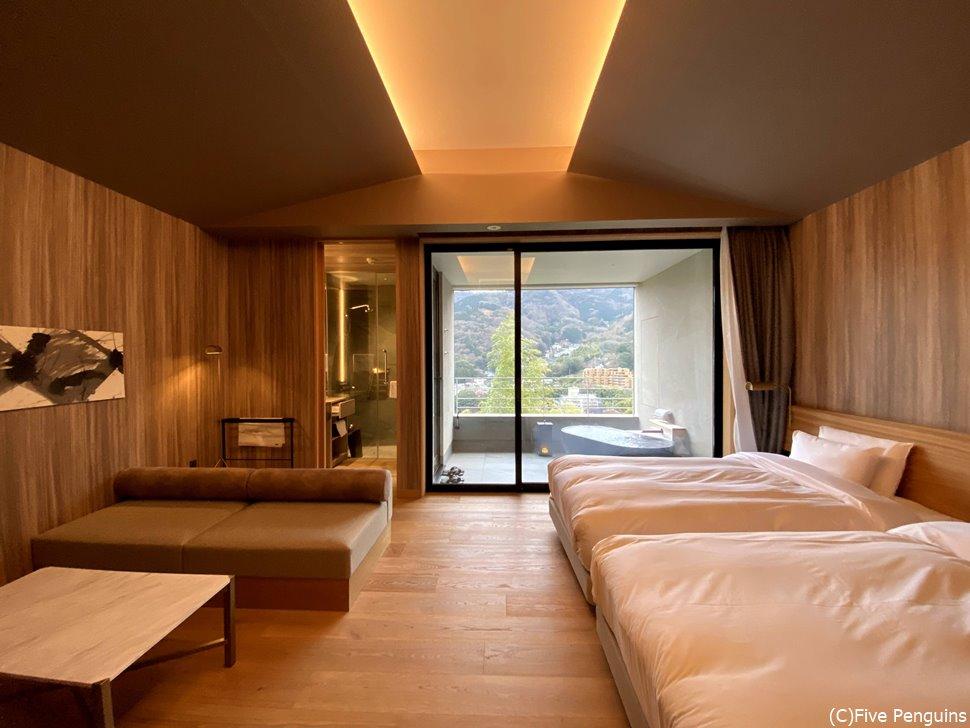 使いやすい客室、お風呂に入る時は、カーテンを閉める