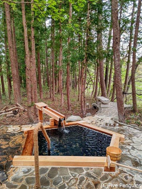 一番遠くにある一押しの貸切露天風呂「通り雨」最高!