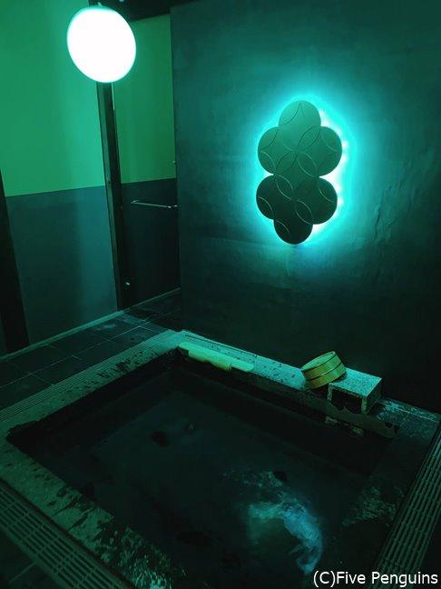 ライトアップが楽しめる貸切風呂