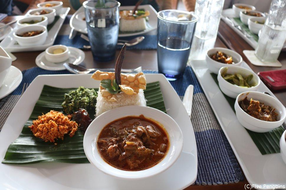 ジェットウィング・ライトハウス「カルダモン・カフェ」のスリランカカレー