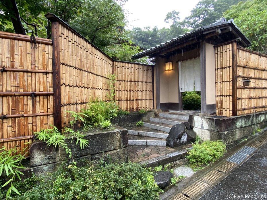 東京ではなかなか見られない贅沢な一軒家のレストラン