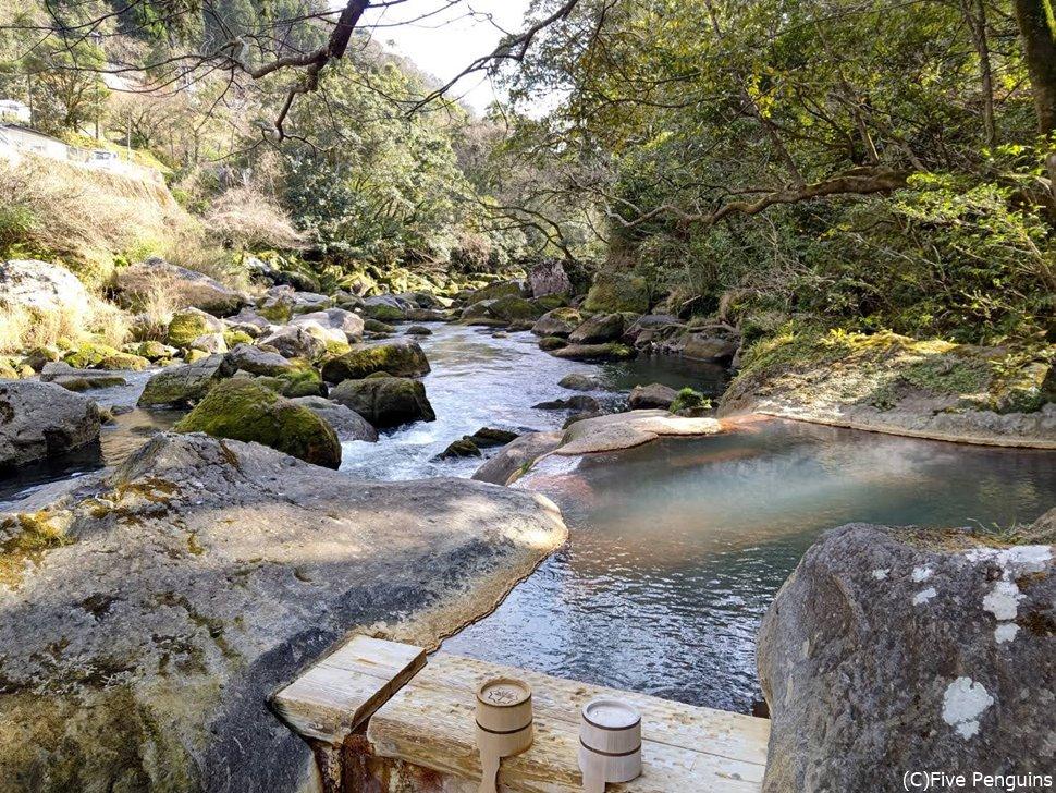 妙見石原荘の露天風呂
