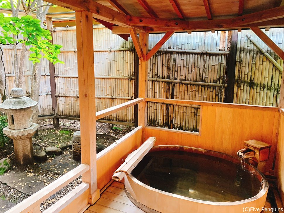 お部屋についていた檜の露天風呂