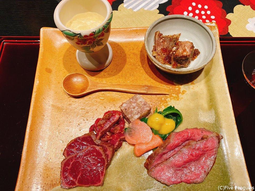 お肉中心の前菜盛り合わせ