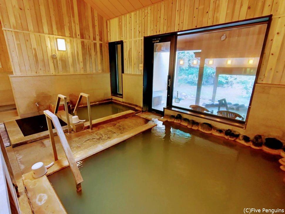 お風呂のお湯は熱め