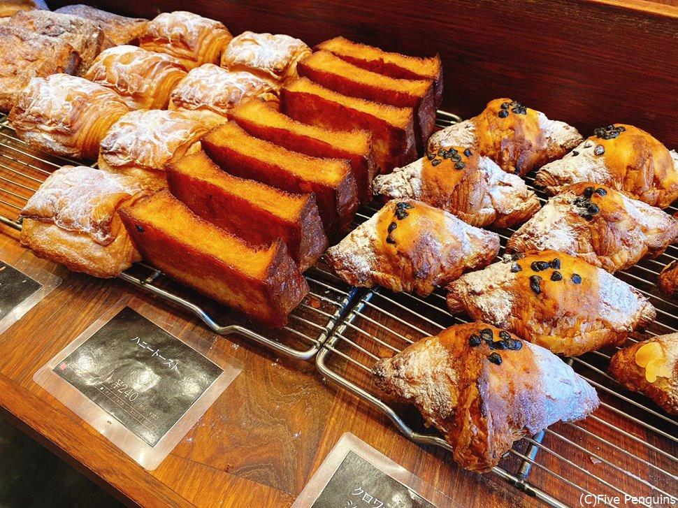 菓子パンも豊富です