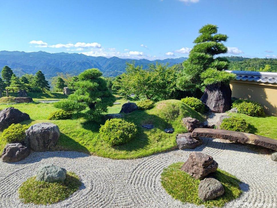 「小角おづぬ」に泊まればこの庭が独占できる!!