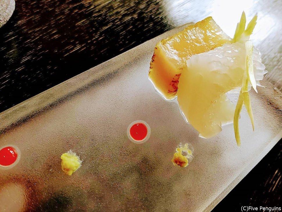 「和彩膳所 楽味」にて。朝食でこの凝った盛り付け!