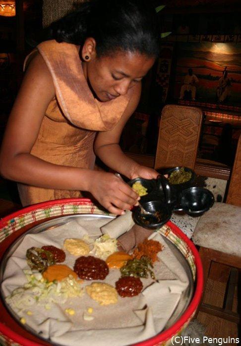 アジスアベバのローカルなエチオピア料理店