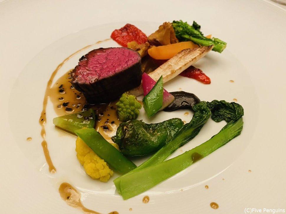 黒毛和牛のフィレ肉と季節野菜