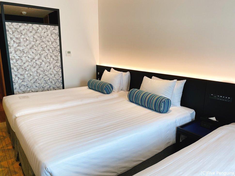 新しいホテルだけあって清潔感のある室内。落ち着く空間です。
